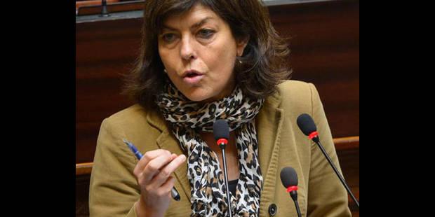 Radicalisation: la ministre de l'Intérieur rencontre 29 bourgmestres - La DH