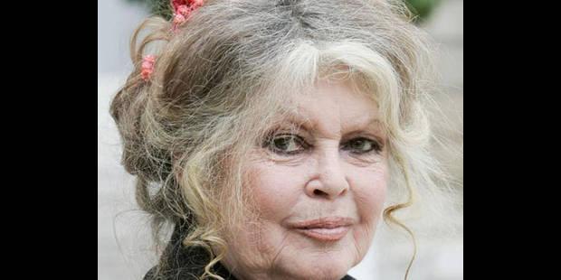 Après Depardieu, Brigitte Bardot demande la nationalité russe ! - La DH
