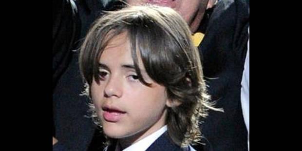 Le fils aîné de Michael Jackson accuse ses oncles - La DH