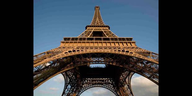 Un Britannique se suicide en sautant de la Tour Eiffel - La DH