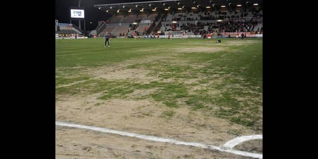 Une toute nouvelle pelouse pour Mons en fin de saison - La DH