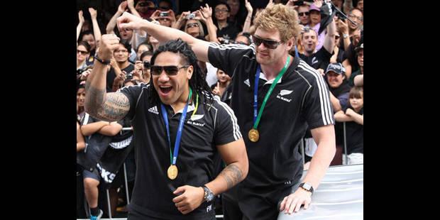 Près de 240.000 personnes fêtent le titre mondial les All Blacks à Auckland - La DH
