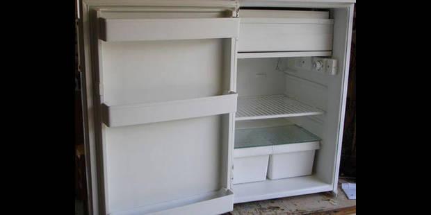 Fast-foods : Un membre du personnel caché dans le frigo ! - La DH