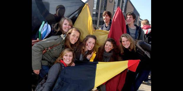 """Les jeunes appelés à se rassembler """"Place des frites"""" le 29 mars - La DH"""