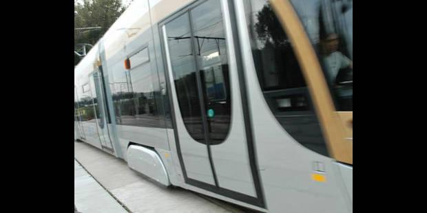 Un adolescent renversé par un tram à Schaerbeek - La DH