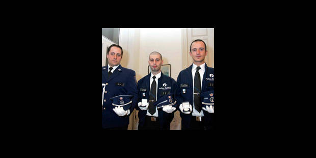 Les policiers héros décorés - La DH