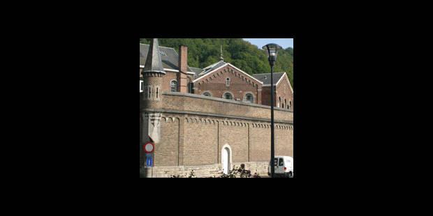 L'évadé de Dinant est concerné par plusieurs mandats d'arrêt internationaux - La DH