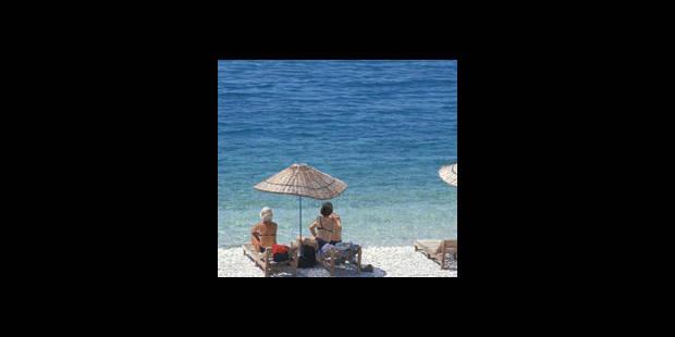 Sexe sur la plage: la peine de prison est suspendue - La DH