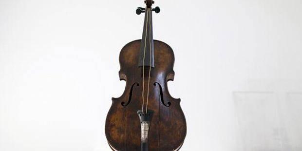Le violon du Titanic vendu aux enchères au prix record de 900.000 livres - La DH