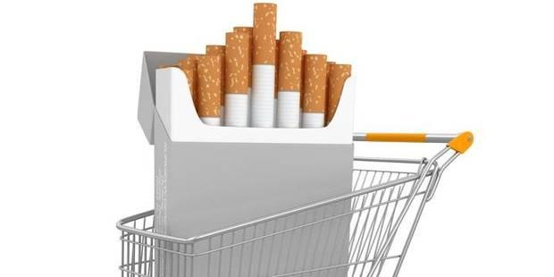 La cigarette bientôt bannie des grandes surfaces ? - La DH