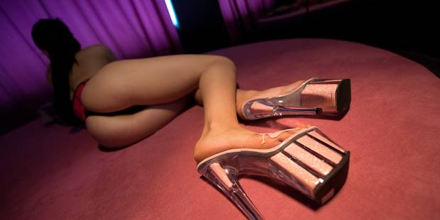 Le sous-chef de gare ramenait des prostituées - La DH