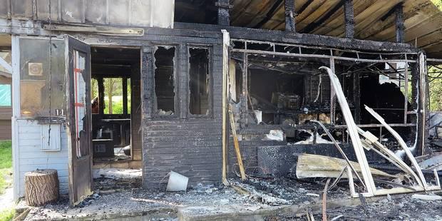 Un incendie ravage un chalet - La DH