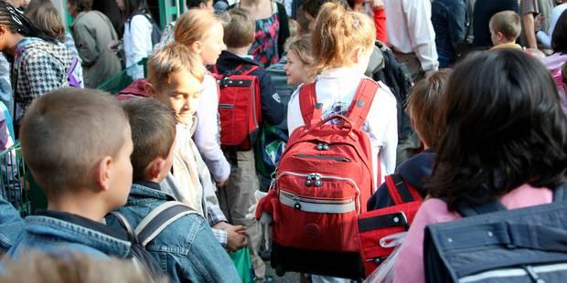 """""""Priorité aux enfants dont les parents travaillent"""": la polémique carolo ! - La DH"""