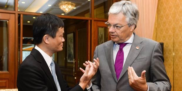 Reynders remet une liste de prisonniers tibétains...et s'inquiète du massacre d'animaux - La DH