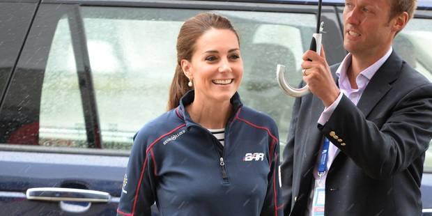 Première sortie officielle ... sous la tempête, pour Kate Middleton - La DH