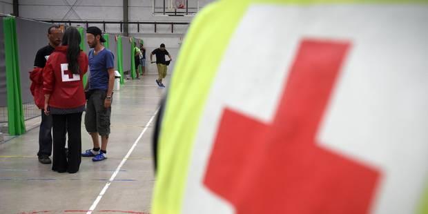 150 demandeurs d'asile refusés par l'Office des étrangers - La DH