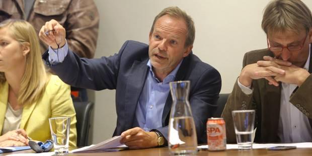 Le carrousel politique est loin d'être terminé à Linkebeek! (VIDEO + PHOTOS) - La DH