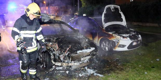 Deux véhicules incendiés à Fontaine-L'Eveque - La DH