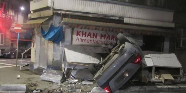 Carnage à Saint-Josse: un chauffard s'encastre dans la vitrine d'un night shop (PHOTOS) - La DH
