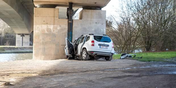 Mons: Une conductrice perd la vie en terminant sa course sur le pied d'un pont - La DH