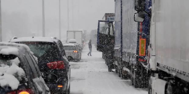 Précipitations hivernales: phase de vigilance renforcée sur les routes - La DH