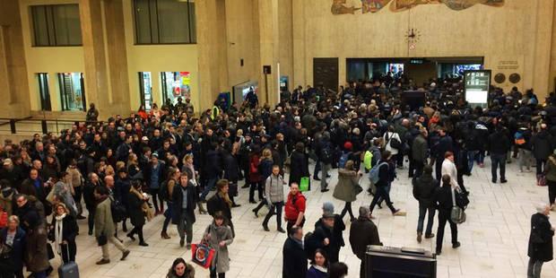 Infos pratiques pour vendredi: fin des contrôles systématiques dans les gares bruxelloises, reprise du métro - La DH