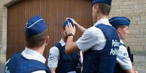 Une patrouille de police attaquée au couteau à Molenbeek: le suspect est un Marocain en séjour illégal - La DH