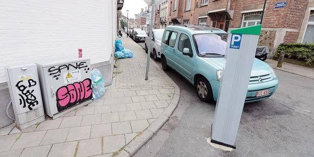 Uccle: un horodateur installé par erreur? en pleine rue - La DH