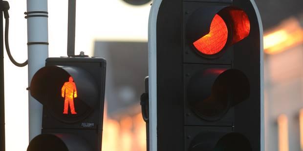 Hornu: ivre, il brûle 4 feux de signalisation devant les yeux des policiers - La DH