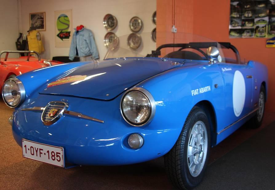 Ce spider Fiat Abarth 750 a été dessiné par Zagato.