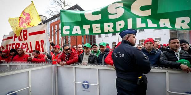 Fermeture Caterpillar Gosselies : un préaccord conclu entre syndicats ouvriers et direction - La DH