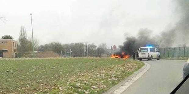 Lantin : Deux voitures incendiées pour une évasion musclée - La DH