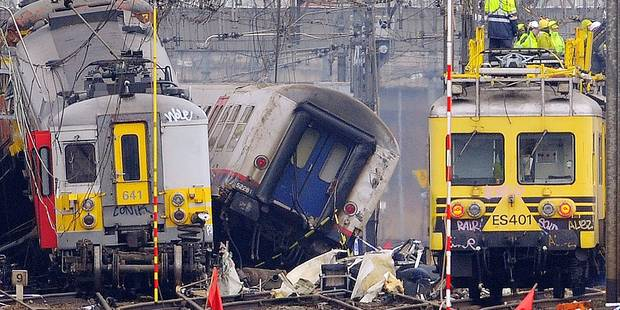 """Catastrophe ferroviaire de Buizingen : """"C'est toujours plus facile d'accuser le conducteur"""" - La DH"""