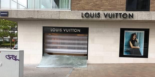 Attaque à la voiture-bélier chez Louis Vuitton à Knokke: les 150 sacs à main retrouvés (PHOTOS + VIDEO) - La DH