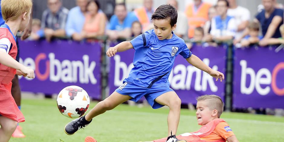 Formation des jeunes en foot: les cinq grands clubs belges se font la guerre ! - La DH