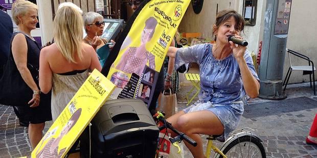 L'ex-animatrice de RTL Marie-Christine Maillard chante et mange à Avignon (PHOTOS + VIDEO) - La DH