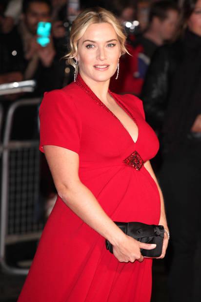 En 2013, enceinte et toujours sublime. Kate Winslet assure que ses trois enfants sont ses « garde-fous ».