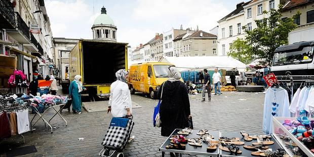 Molenbeek : Les travailleurs sociaux mécontents - La DH