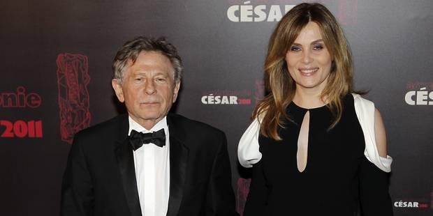"""Hommage à Johnny Hallyday : Emmanuelle Seigner et Roman Polanski """"refoulés"""" de l'église de la Madeleine ? L'actrice donn..."""