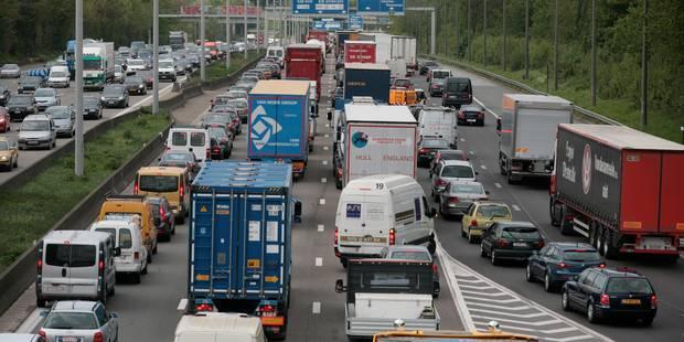 Embarras de circulation sur le ring extérieur de Bruxelles à hauteur de Strombeek-Bever - La DH