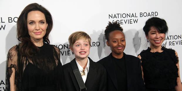 Radieuse, Angelina Jolie s'offre une soirée entre filles sur le tapis rouge avec Shiloh et Zahara - La DH