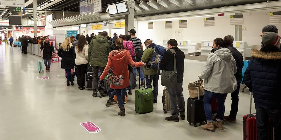 Les valises gratuites en cabine, c'est fini — Ryanair