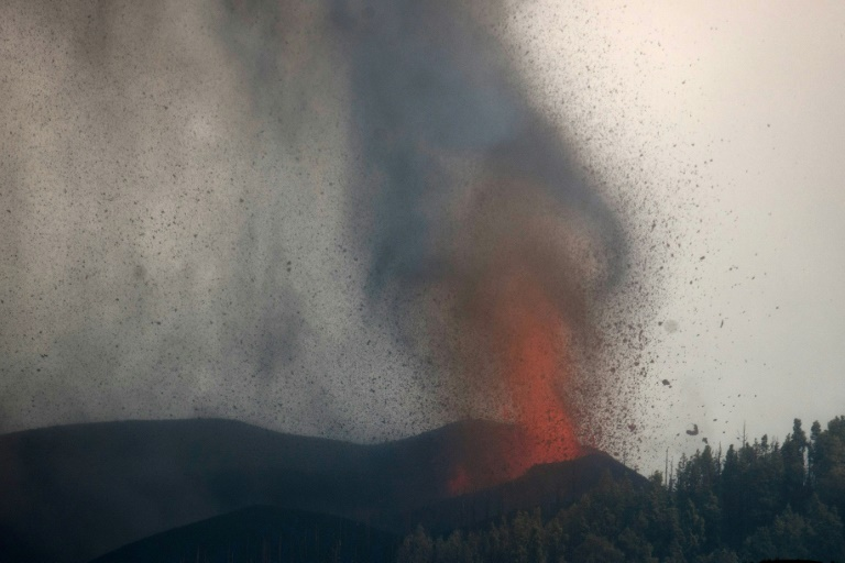 Eruption du volcan Cumbre Vieja, à El Paso, sur l'île de La Palma, dans l'archipel espagnol des Canaries, le 21 septembre 2021