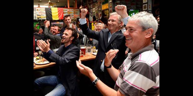 Le Prince Philippe célèbre la victoire des Diables dans un bar - La DH