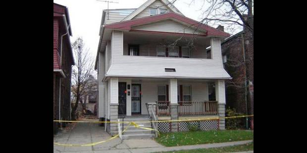 Séquestration de 3 femmes: des chaînes et des cordes retrouvées dans la maison - La DH