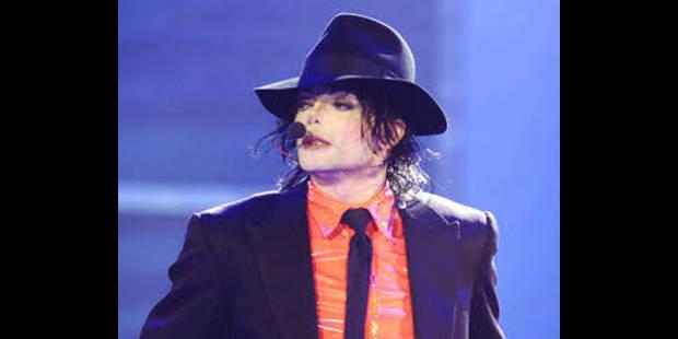 """Michael Jackson """"défoncé"""" et """"groggy"""" après ses séances chez son dermatologue - La DH"""