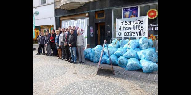 50 sacs de déchets ramassés dans le piétonnier - La DH