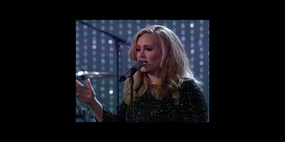 Adele : « beaucoup trop jeune » pour écrire ses mémoires