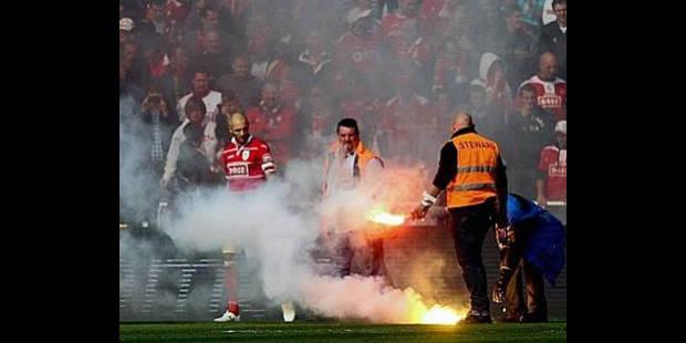 Douze supporters du Standard interdits de stade - La DH