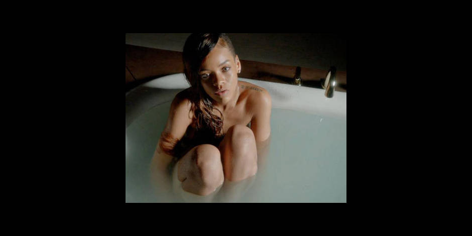 Rihanna, encore et toujours nue!
